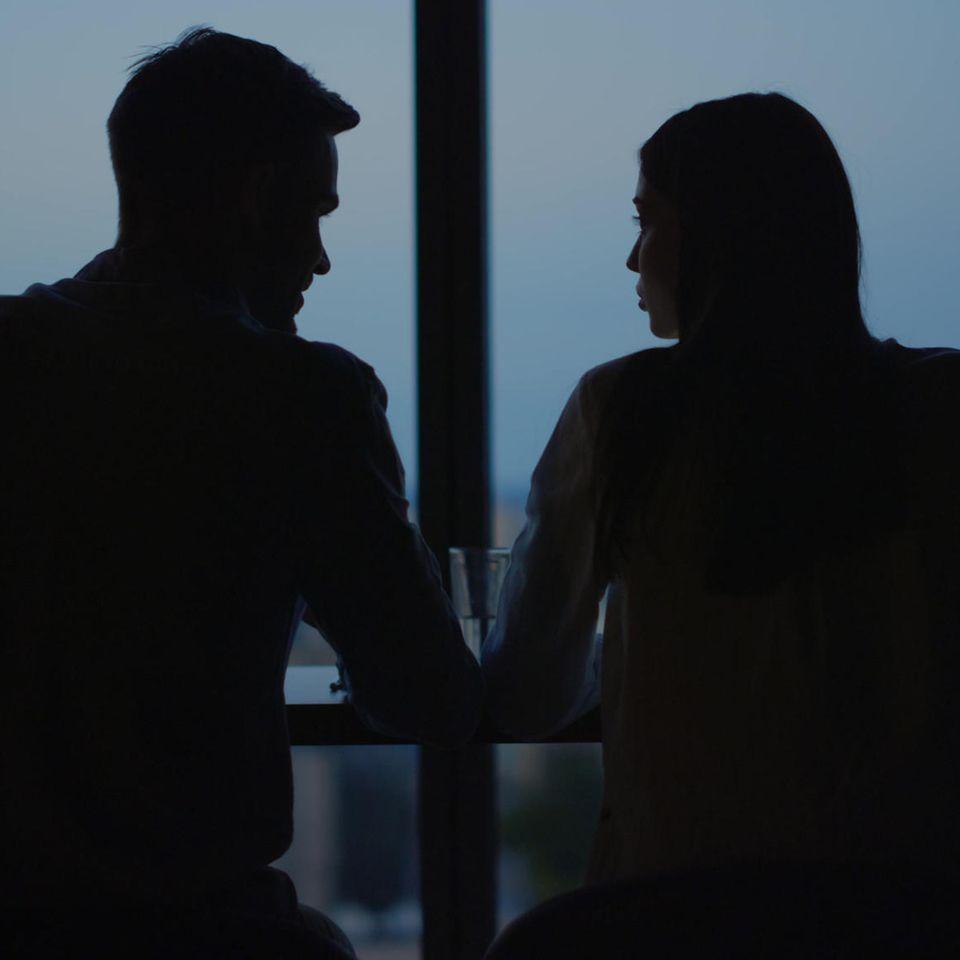 BRIGITTE-Studie zeigt: Mann und Frau trinken Kaffee