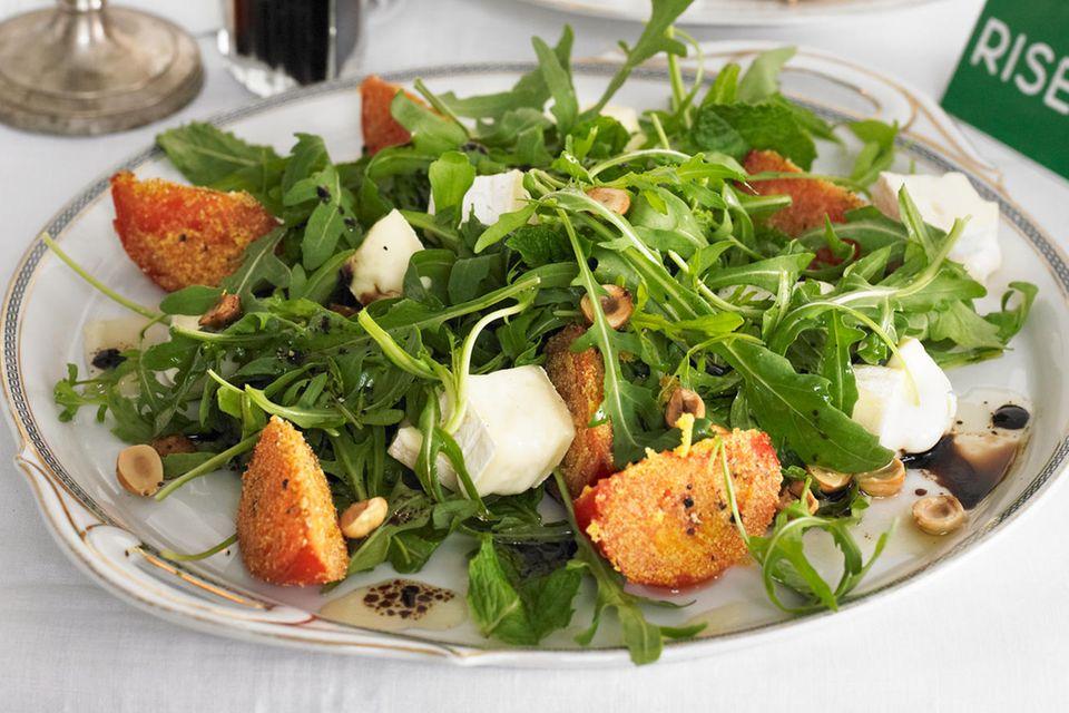 Rucola: Rauke-Minze-Salat mit gebratenen Tomaten