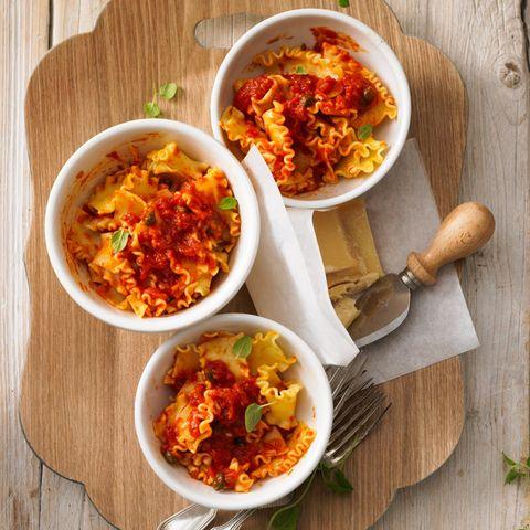 Leichte Pasta-Gerichte: Lasagnette mit würziger Tomatensoße
