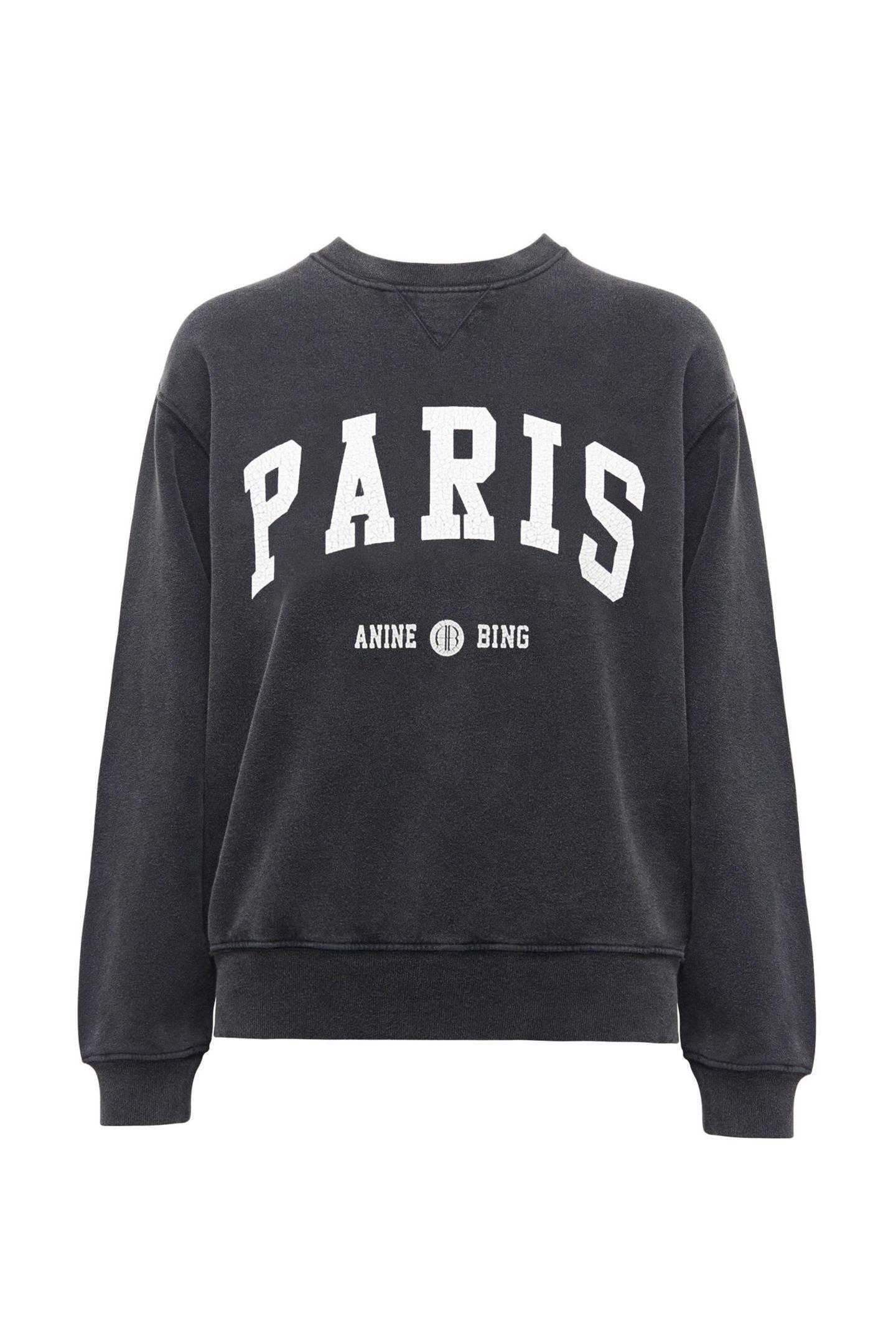 """Das """"Sweater-Weather"""" ist zwar hoffentlich bald vorbei, doch auf dieses stylishes Sweatshirt von Anine Bing möchte wir trotzdem nicht verzichten! Ca. 170 Euro."""