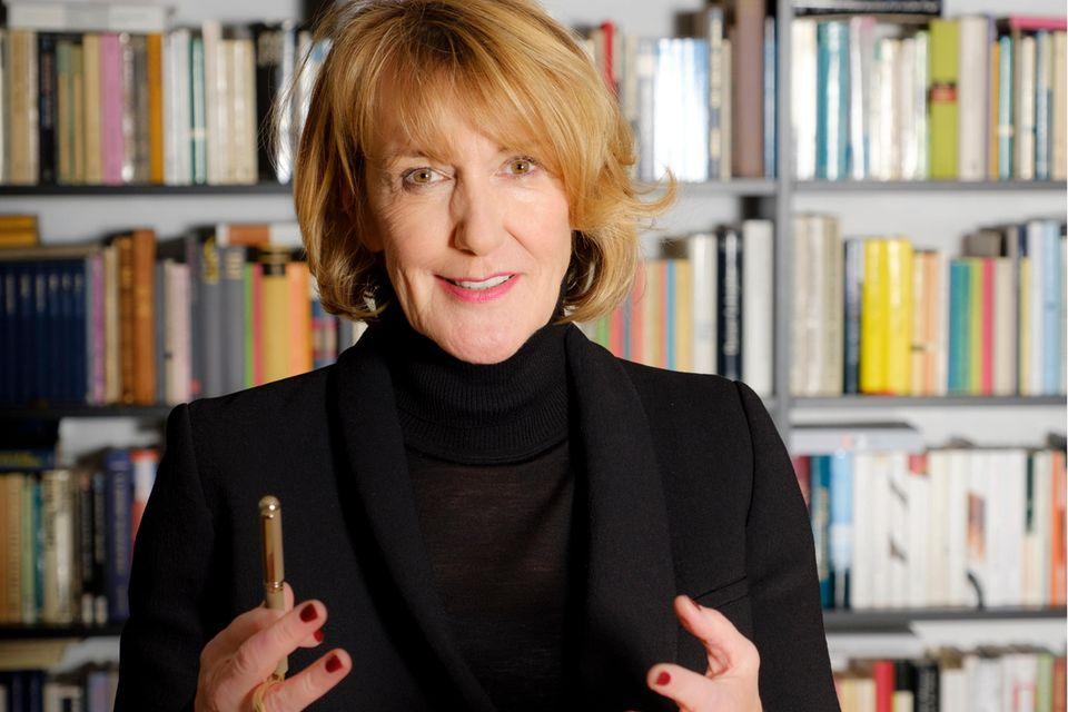 Dr. Christiane Funken