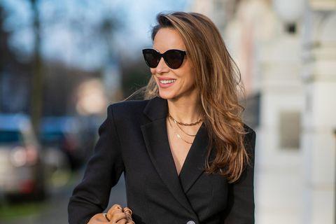 Accessoire-Trend 2021: Wir setzen jetzt auf Halsketten im Snake-Stil