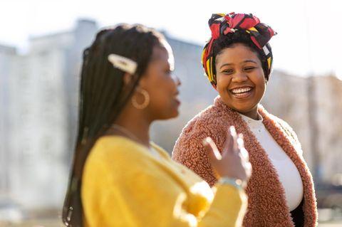 Psycholgie: Zwei sozial intelligente Frauen