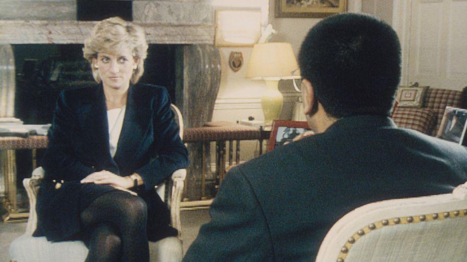 Prinz Harry + Prinz William: Getrennte Reden bei der Enthüllung von Dianas Denkmal