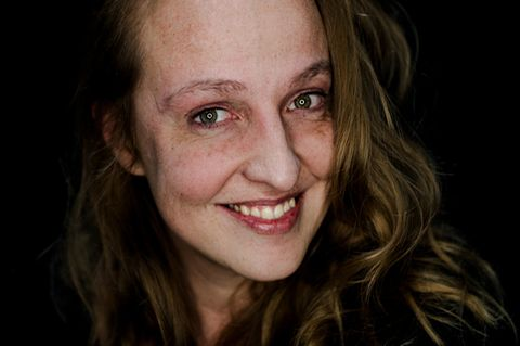 Abgeschminkt: Frau ohne Make-up