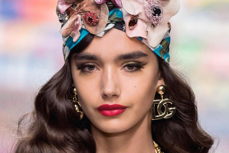 Pop of Colour: Diesen Beauty-Trend lieben wir im Frühling!