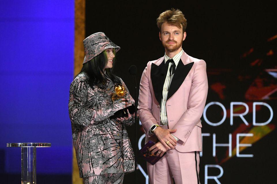 Alle lieben Rosa: Das ist die Trendfarbe der Grammy Awards 2021