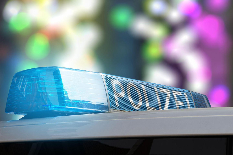 Corona aktuell: Polizeiauto