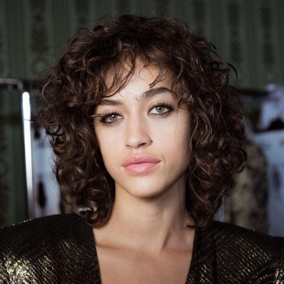 Curly Fringe:: Alanna Arrington