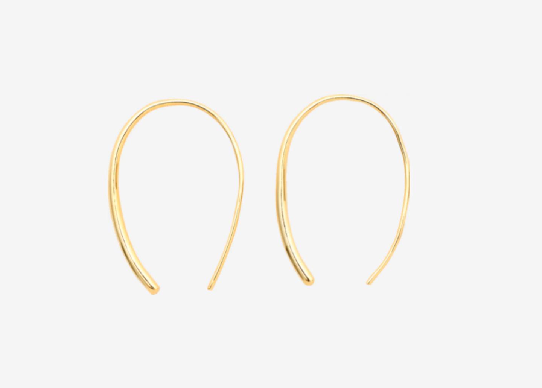 Hängende goldene Ohrringe