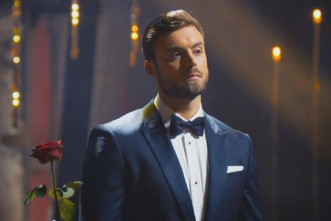 Bachelor+Bachelorette: Niko Griesert mit Rose