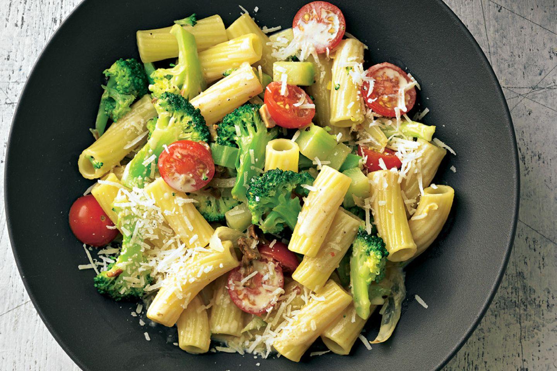 Die BRIGITTE-Lieblingsrezepte der Woche: Brokkoli-Zitronen-Pasta