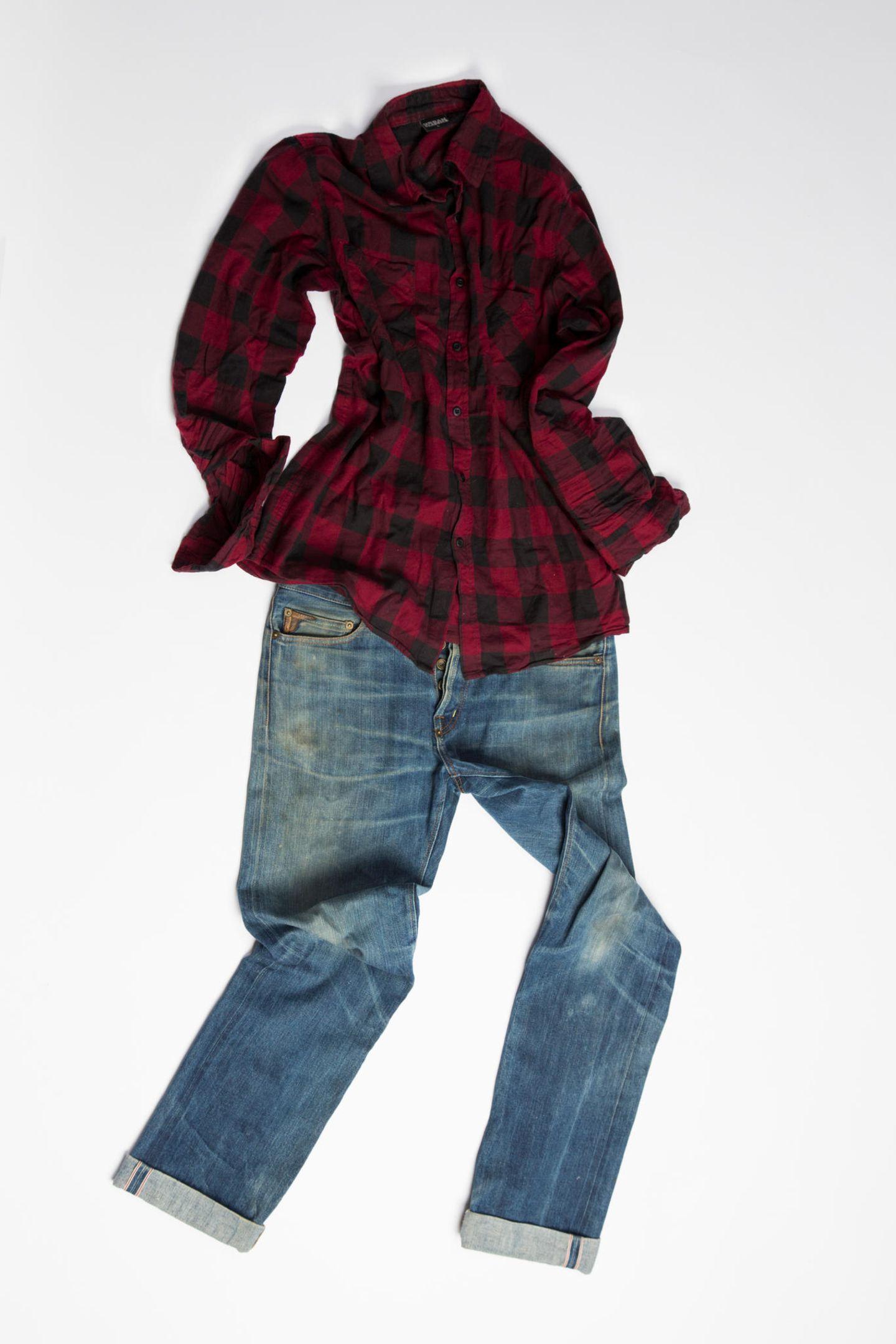 Ausstelliung: Hemd und Jeans