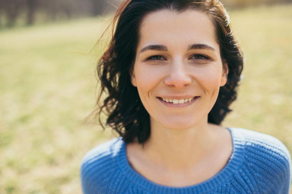 Horoskop: Eine sympathische, junge Frau