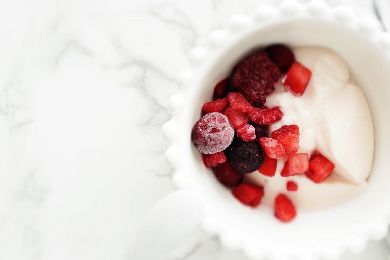 Rückruf: Tiefkühl-Beeren in Joghurt