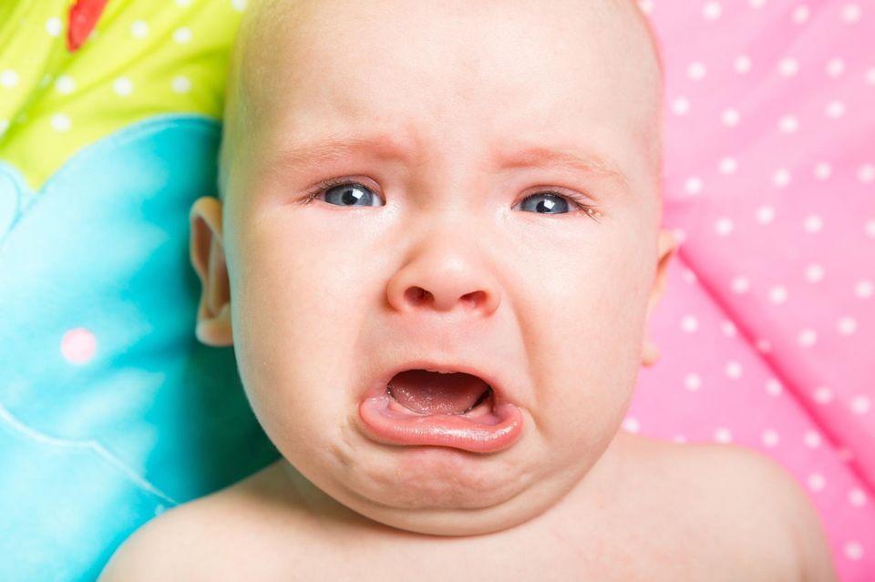 Schlimme Babynamen: Kind weint