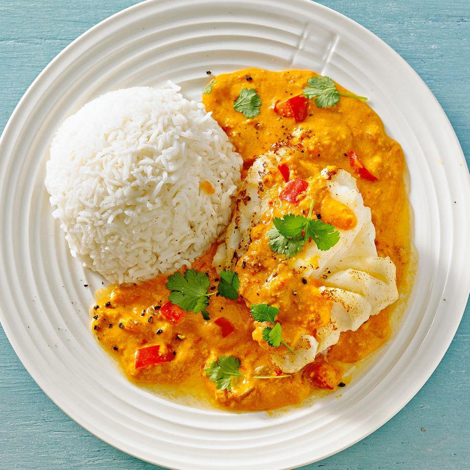Kabeljau mit Curry-Erdnuss-Soße