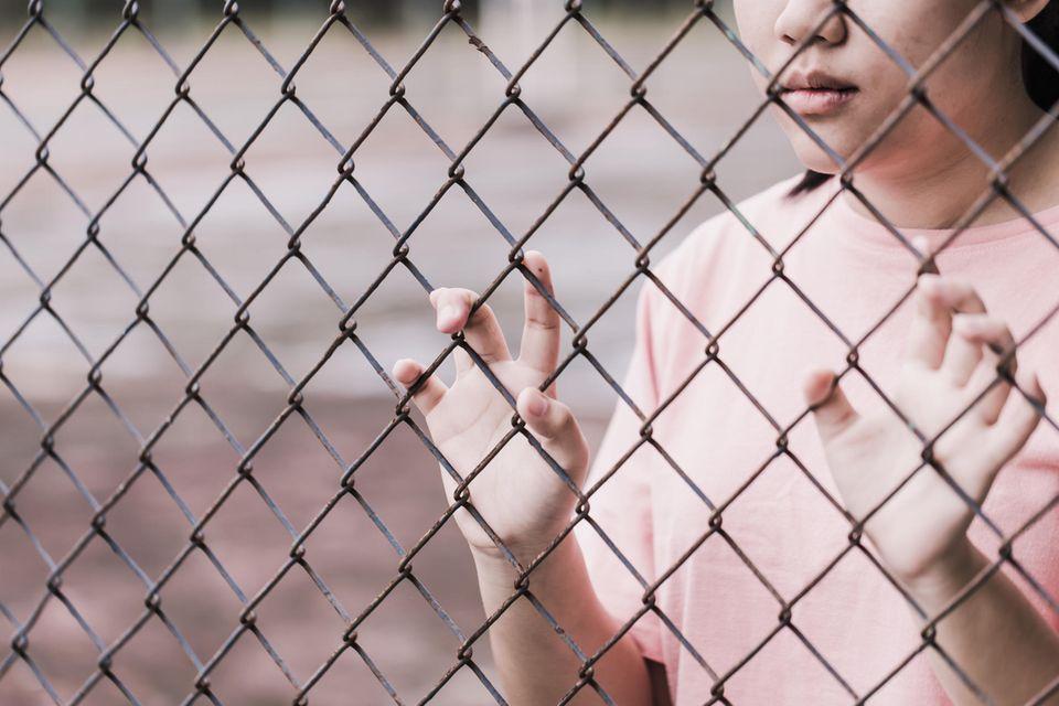 Im Gefängnis bis 2034: 26-Jährige verlobt sich mit ihrem Brieffreund – einem Häftling, den sie nie zuvor getroffen hat