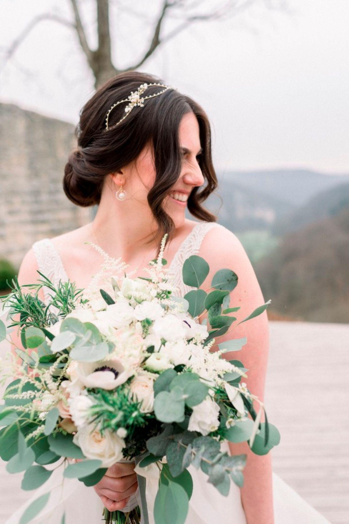 Wedding Award: Braut miit Blumen