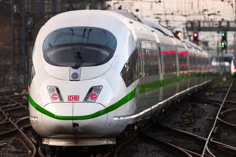 Zug evakuiert: Deutsche Bahn