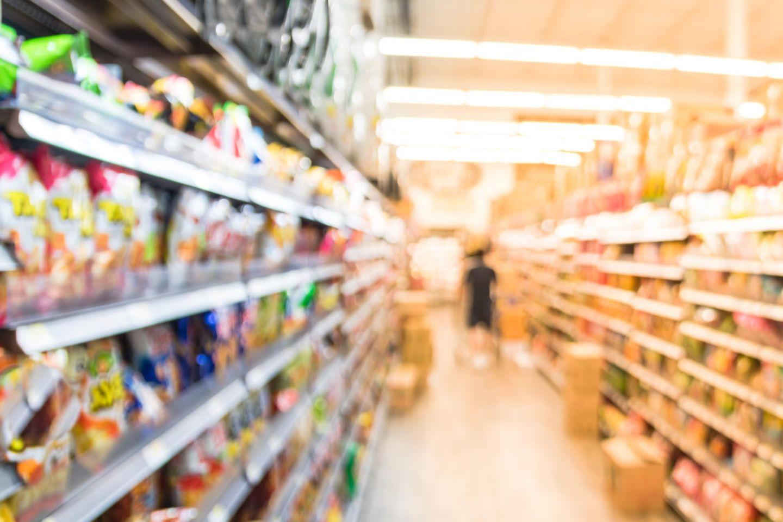 Rückruf: Supermarktregal mit Süßigkeiten