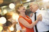 Bewegung ab 60: Tanzendes Paar