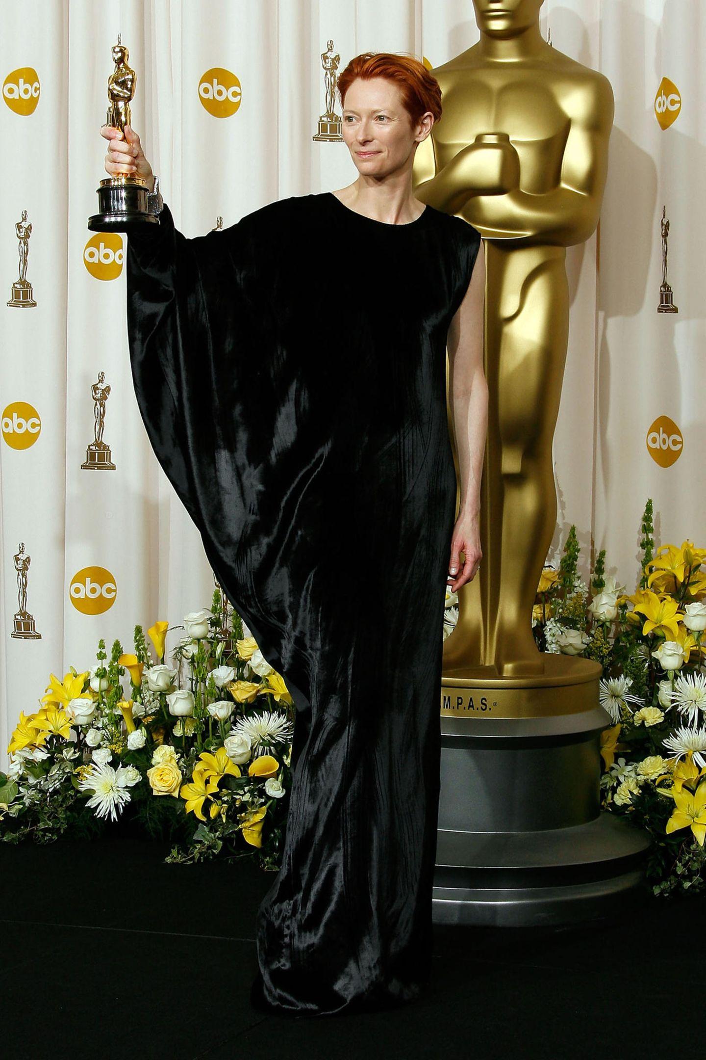 Schlimme Oscar-Looks: Tilda Swinton 2008