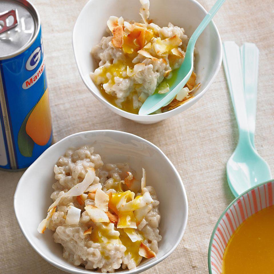 Familienküche: Kokosmilchreis mit Mangosoße