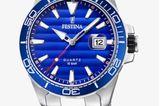 Ein Exemplar, welches dem Design der Submariner ganz nah kommt: Aus Edelstahl und mit ihrem marineblauen Zifferblatt katapultiert uns diese Uhr nicht nur in die Trend-Liga, sondern verleiht uns auch gleich eine Portion Selbstbewusstsein. Von Festina, über Zalando kostet ca. 140 Euro.