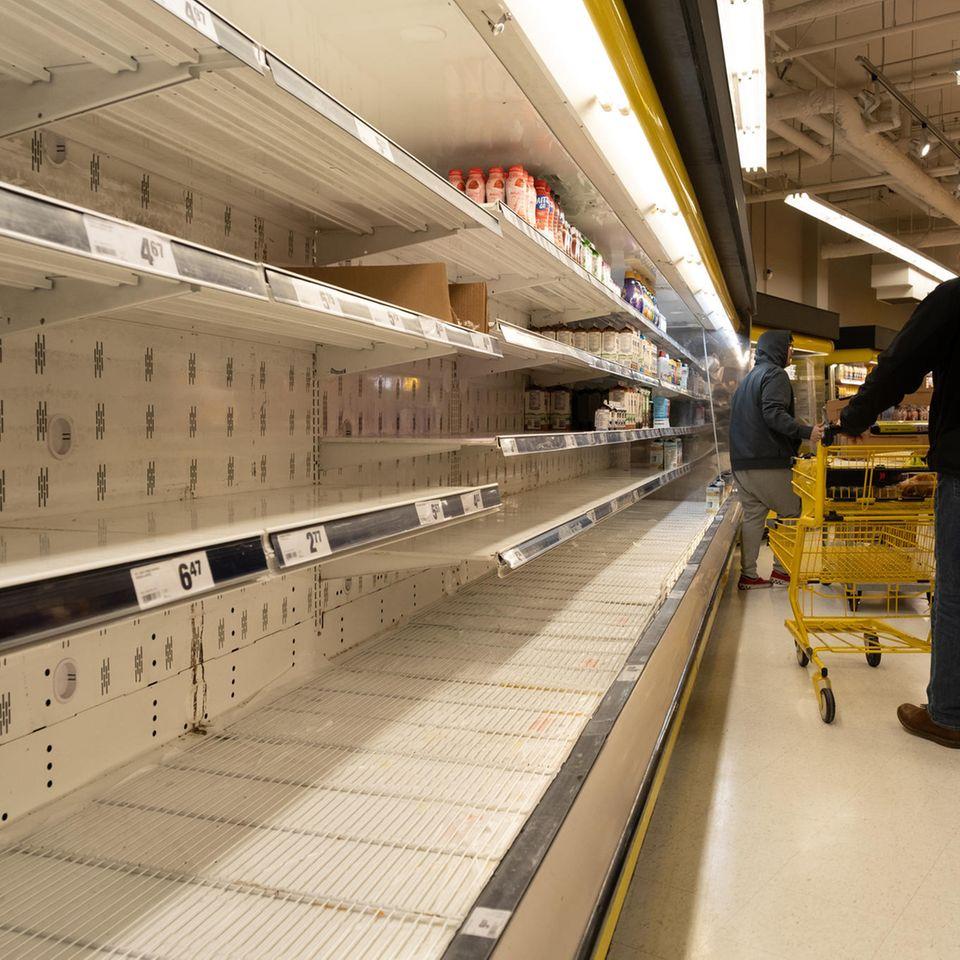 Lidl & Co.: Leere Supermarkt-Regale