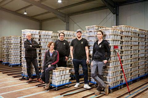Regenwürmer kaufen: Familie Langhoff