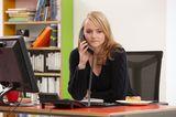 Telekom-Aktion: Teenager am Telefon