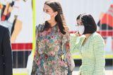 Dass Königin Letizia zu einer der stilsichersten Royals gehört, ist kein Geheimnis, dass sie aber auch super nachhaltig bei ihrer Garderobe ist, beweist sie wieder einmal beimGedenken am Weltrotkreuz- und Rothalbmondtag in Madrid. Ihr Schnäppchenkleid von Zara ist nämlich kein Unbekanntes ...