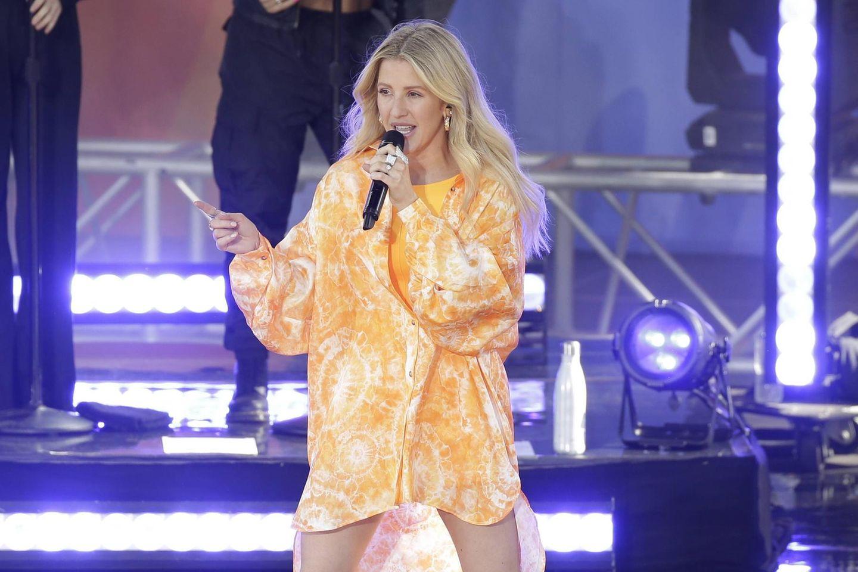 Ellie Goulding ist Mutter geworden: So heißt der Sohn der Sängerin: Goulding singt auf der Bühne