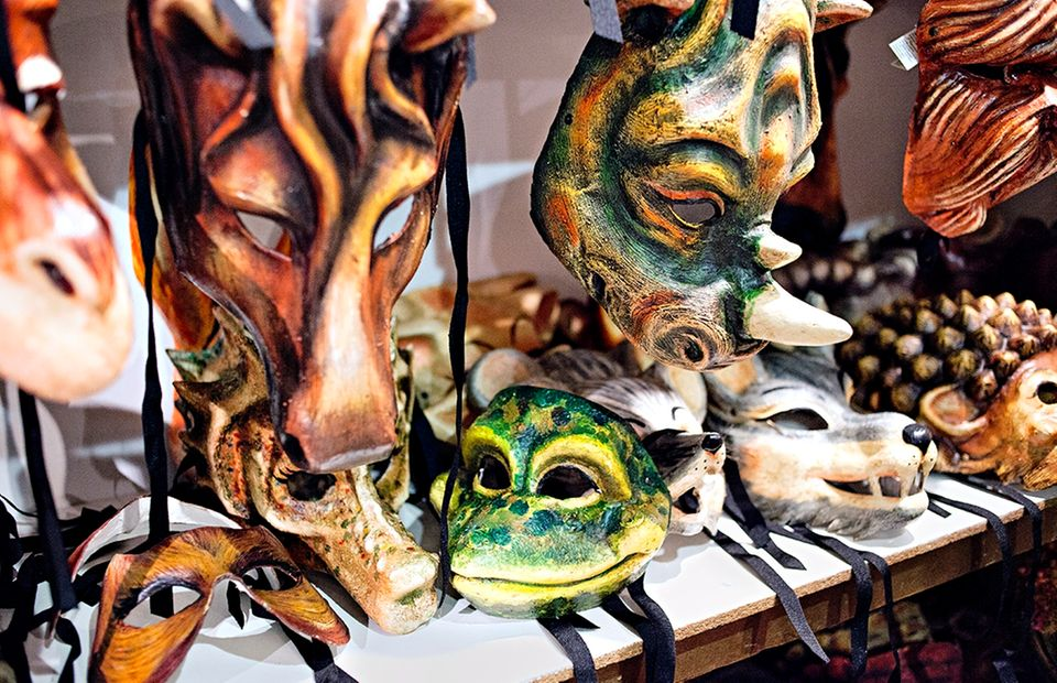 Von Venedig nach Florenz: Verschiedene Karneval-Masken