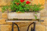 Upcycling Ideen Garten: Nähmaschinentisch