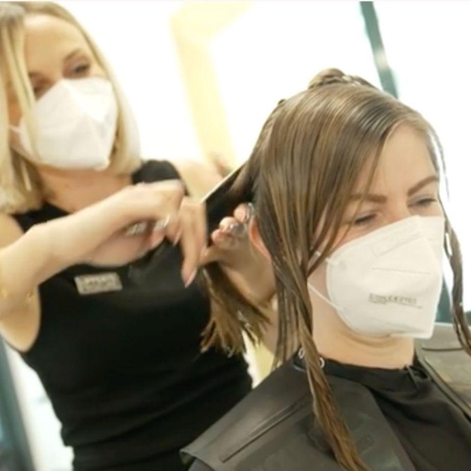Haare abschneiden