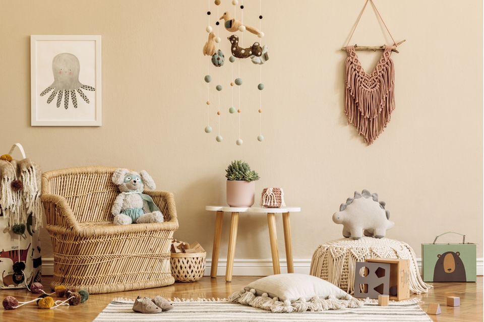 Babyzimmer einrichten: Kinderzimmer mit Sessel