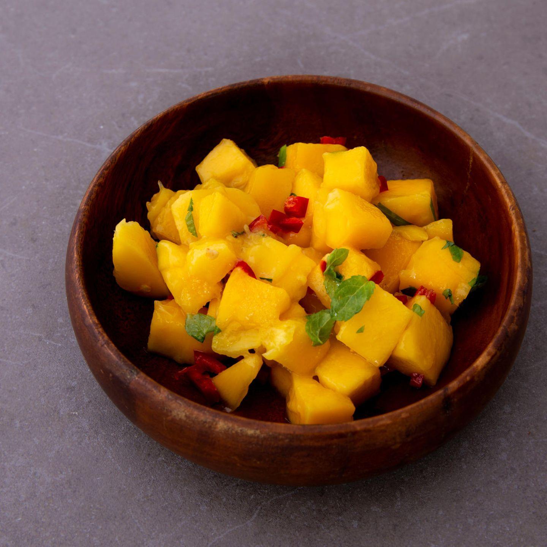 Asiatisch grillen: Mangosalat