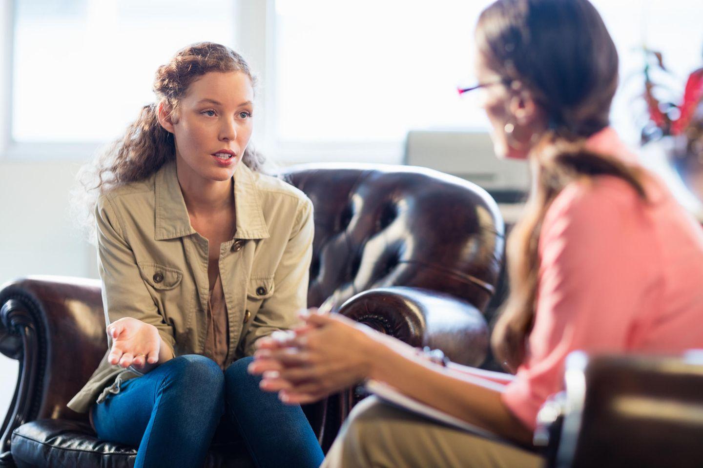 Betroffene wehren sich: Zwei Frauen im Gespräch