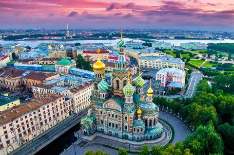 St. Petersburg: Urlaub im Sog der weißen Nächte