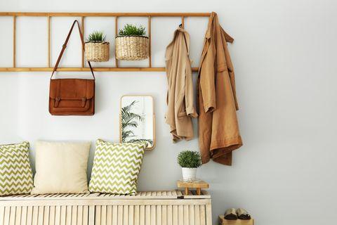Garderoben-Ideen: Leiter als Garderobe