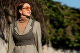 Bralette: Bralette über Blazer