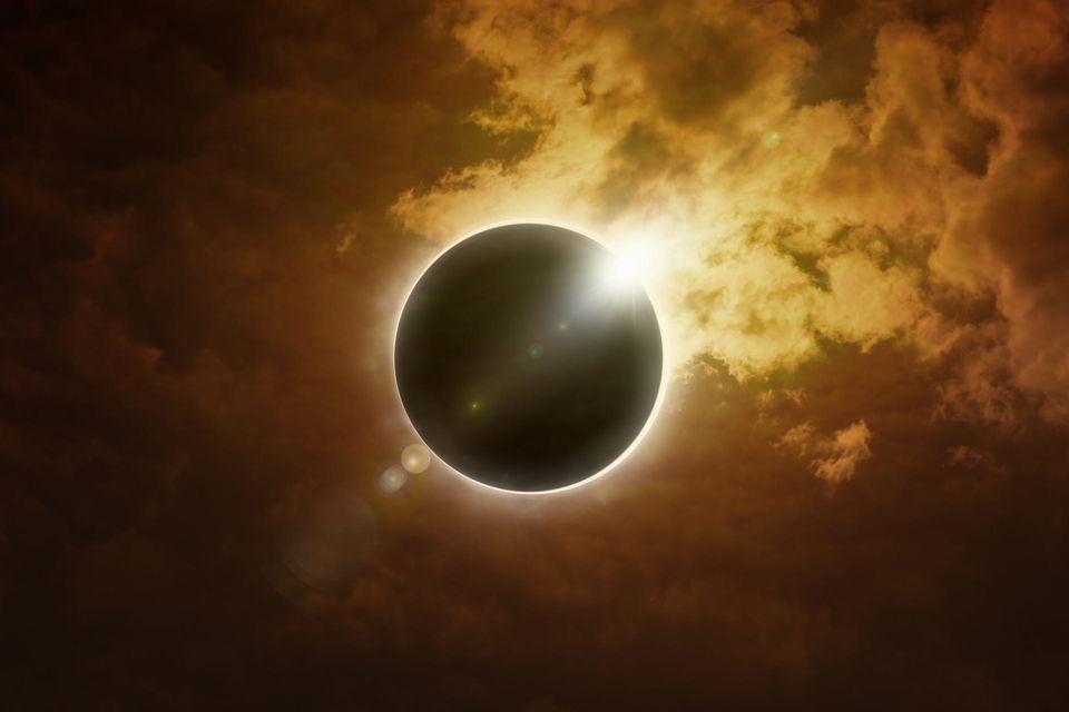 Horoskop: Bild einer Sonnenfinsternis