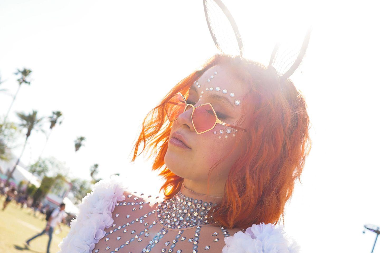 1 Trend, 2 Meinungen: Face Jewels – Festival-Schrott oder High-Fashion?