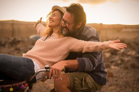 Beziehung: Ein Paar auf dem Fahrrad