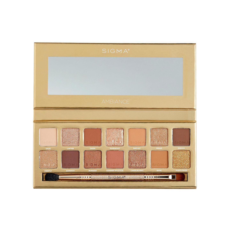 """Die """"Ambiance"""" Palette von Sigma erinnert mich farblichan einen Sonnenuntergang.Die Palette mit 14 Farben enthält warmen und goldige Töne, die sich perfekt miteinander kombinieren. lassen. Damit strahlt ihr vonSonnenaufgang bis zum Sonnenuntergang. Über Douglas, circa 40 Euro."""
