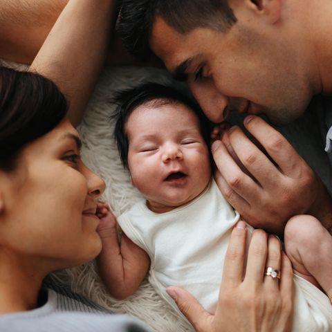 Überraschende Zahl aus Deutschland: Vater, Mutter und Baby