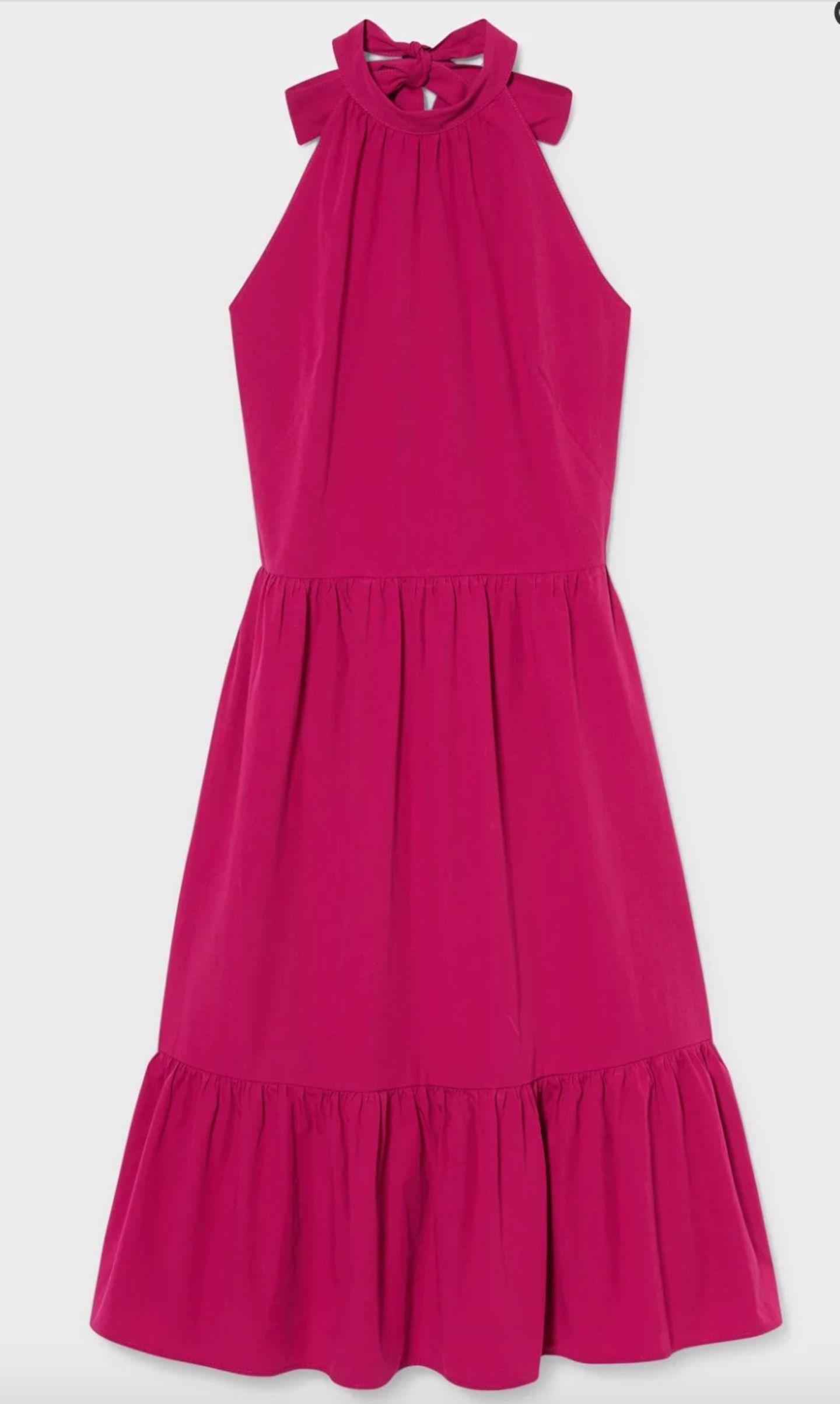 Ein Kleid, das garantiert binnen kürzester Zeit Favoriten-Status in deinem Kleiderschrank genießt.Vor allem der tolle Neckholder-Auschnitt machen dieses pinkfarbene Dress aus Bio-Baumwolle zu einem echten Hingucker. Von C&A, um 40 Euro.