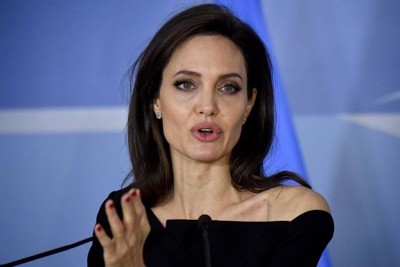 Angelina Jolie: Sie spricht über die ethnischen Missstände in der Medizin: Angelina Jolie